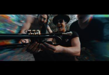 Steve Aoki x Timmy Trumpet  feat. Dr Phunk  - Hava | videoclip