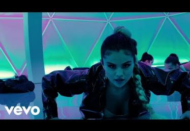 Selena Gomez - Look At Her Now | videoclip