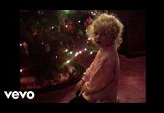Taylor Swift - Christmas Tree Farm | videoclip