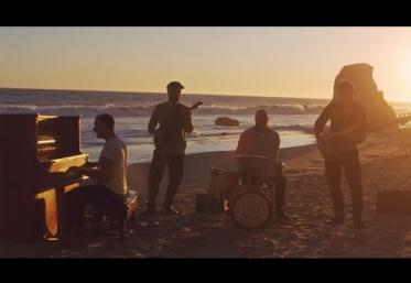 Coldplay - Everyday Life | videoclip