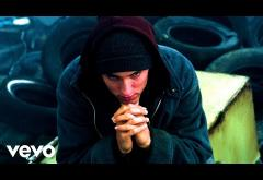 Eminem - Fly Away   videoclip