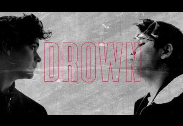 Martin Garrix feat. Clinton Kane - Drown | videoclip