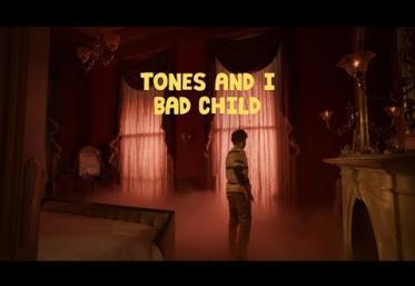 Tones & I - Bad Child | videoclip