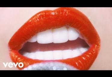 Miley Cyrus - Midnight Sky | videoclip