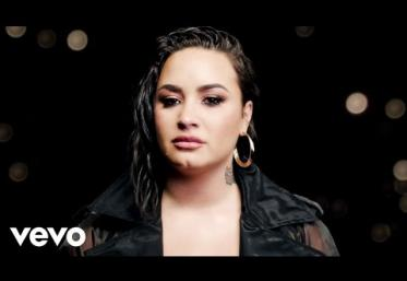Demi Lovato - Commander In Chief | videoclip