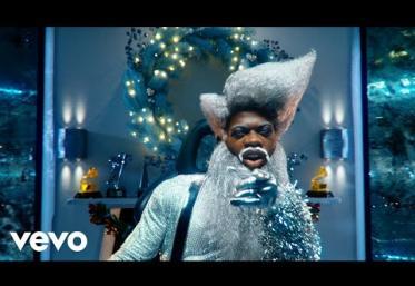 Lil Nas X - Holiday | videoclip