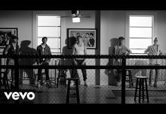 CNCO - Tan Enamorados | videoclip