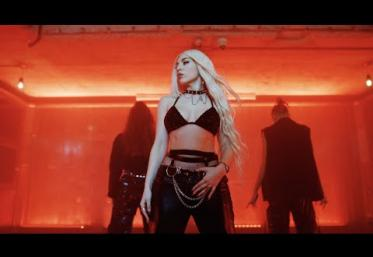 Ava Max - My Head & My Heart | videoclip