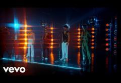 CNCO - Un Beso | videoclip