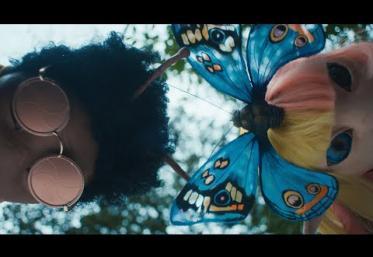 Major Lazer feat. Sia & Labrinth - Titans   videoclip