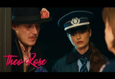 Theo Rose x What´s Up - Vreau acasă | videoclip