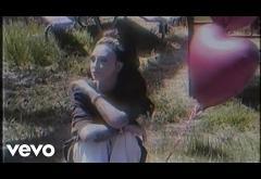 Julia Michaels - Love Is Weird   lyric video
