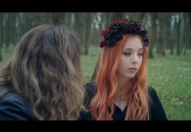 Olivia Addams - Stranger | videoclip