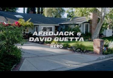 Afrojack & David Guetta - Hero | videoclip