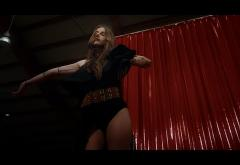Sasha Lopez X Ester Peony – Tatoué | videoclip