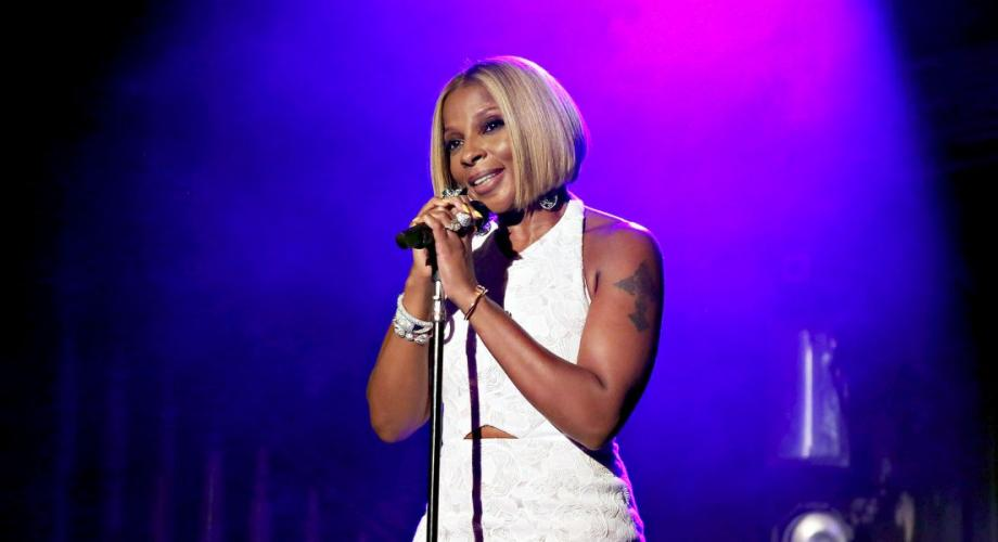 Mary J. Blige, stea pe bulevardul celebrităților