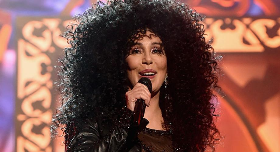"Cher - ""If I Could Turn Back Time"" (Video)"