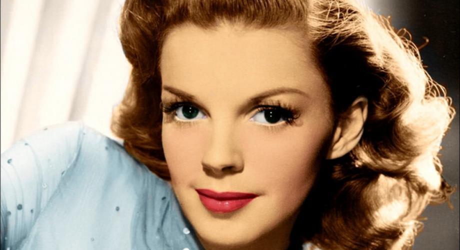 Cântecul secolului a venit de la Judy Garland