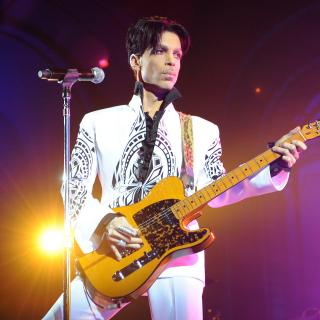 "Prince - ""The Most Beautiful Girl In The World"" (Video)"