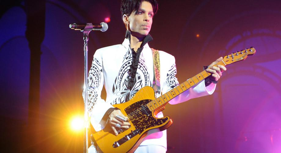 """Prince - """"The Most Beautiful Girl In The World"""" (Video)"""