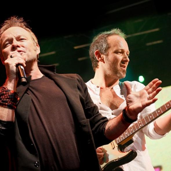 """Cutting Crew - """"(I Just), Died In Your Arms"""" (Video)"""