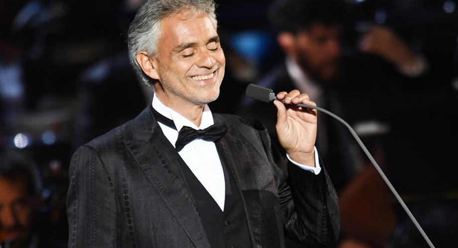 Andrea Bocelli cântă la Dublin pentru papa Francisc
