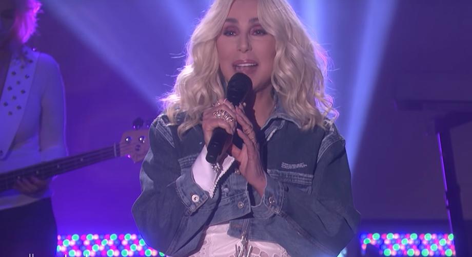 Cher promovează noul ei album cu piese ABBA