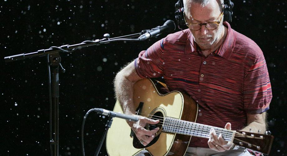 Eric Clapton a lansat primul său album de Crăciun din carieră