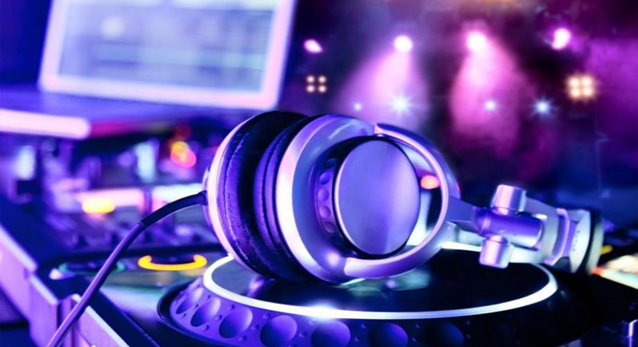 Vrei sa fii DJ?