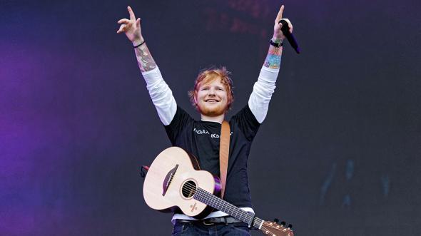 Ed Sheeran este cel mai difuzat artist din Regat