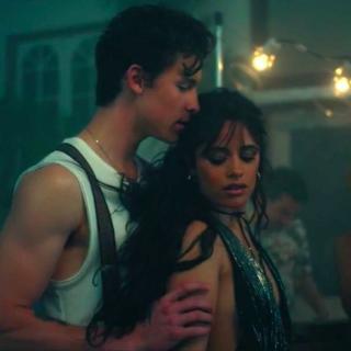 """Shawn Mendes & Camila Cabello: """"Señorita"""" (Video)"""