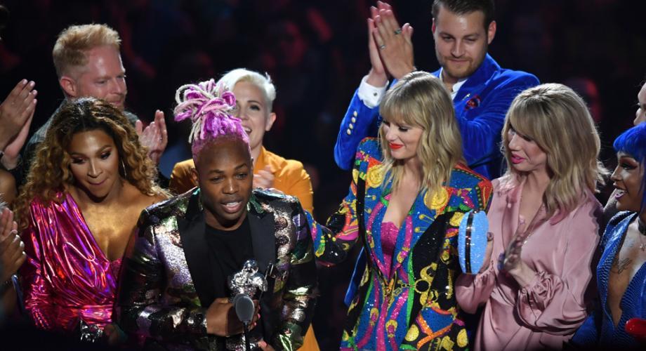 Taylor Swift şi Ariana Grande, printre câștigătoarele premiilor MTV Video 2019