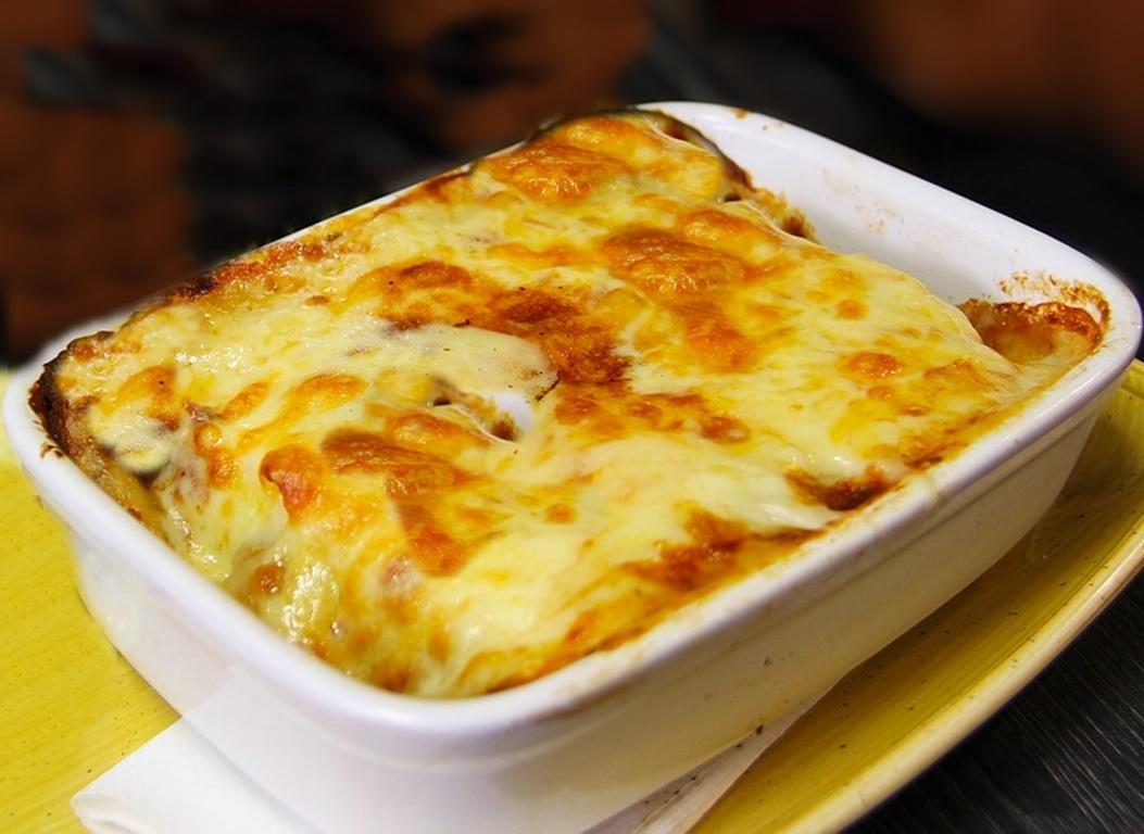 Lasagna cu piept de pui și arome de toamnă