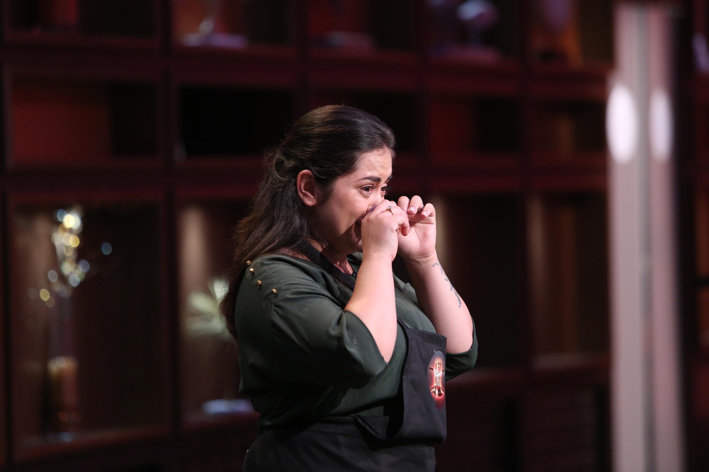 """""""Chefi la cuțite"""", sezonul 6, ediția 6. O tânără care a ajuns să facă prostituție și apoi s-a reinventat, o răzbunare ascunsă și un secret din familia lui Florin Dumitrescu"""