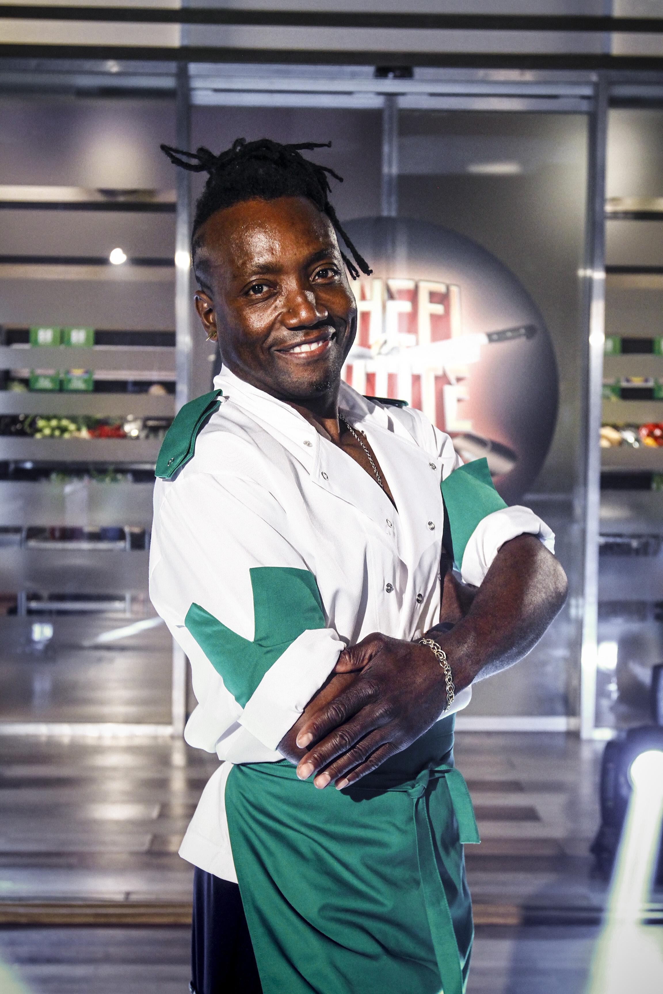 Verde ca-n... Republica Dominicană! Instructor de salsa și fitness, Fernando e gata să dea savoare exotică echipei lui chef Bontea!