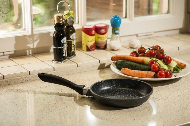 """CONCURS! Câștigă tigaia cu care concurenții emisiunii """"Chefi la cuțite"""" fac senzație în bucătărie!"""