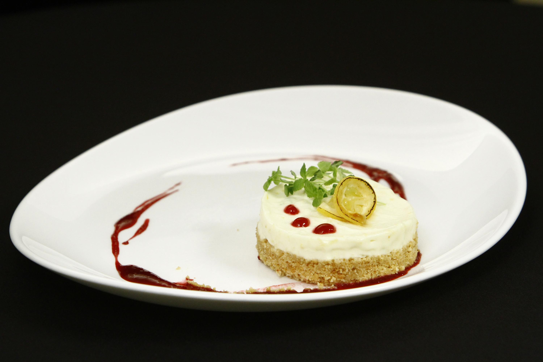 Cheesecake cu lămâie și topping de zmeură