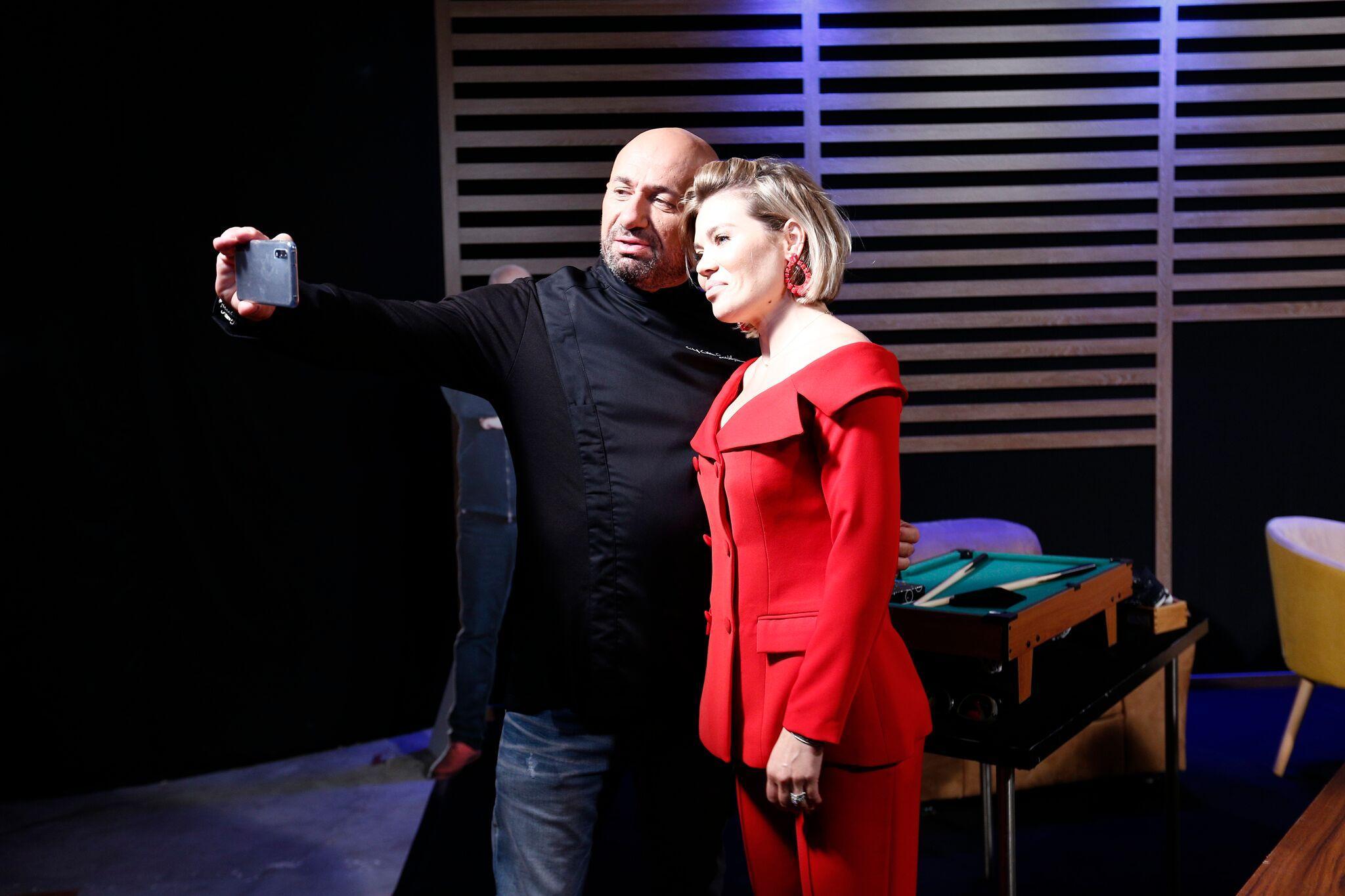 """Ce se întâmplă, de fapt, la jurizările pe nevăzute! Gina Pistol a dezvăluit cum se pregătește înainte de filmările """"Chefi la cuțite"""""""