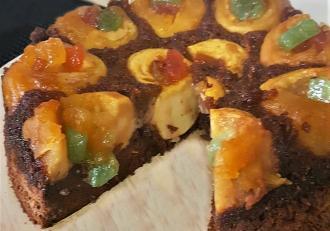 Rețetă de post. Tort cu mere umplute cu rahat și blat de cacao cu nucă