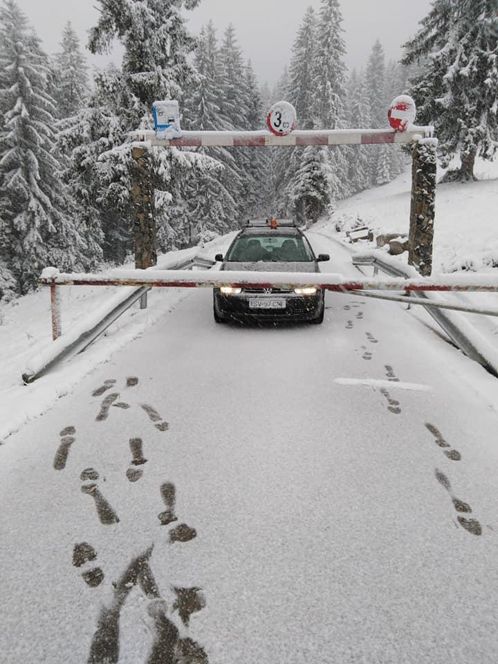 La munte s-a întors iarna. A nins abundent în Bucegi și de Florii va ploua toată țara