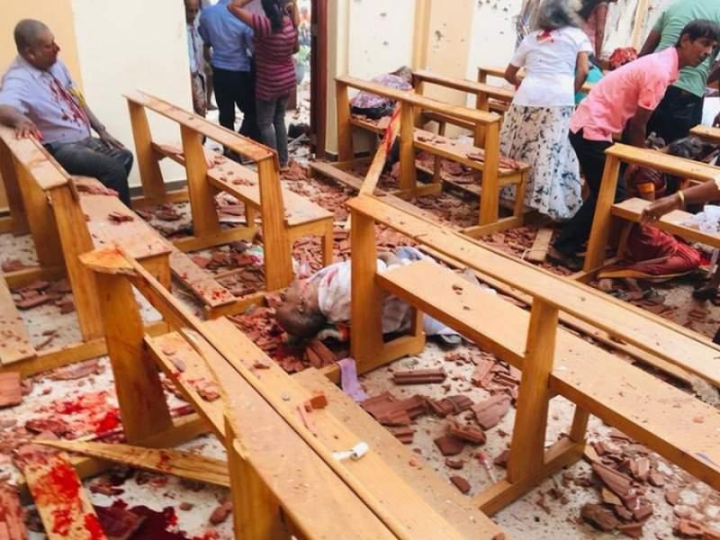 Cei opt elevi ai unui liceu din Iaşi, aflați în Sri Lanka, sunt în siguranță! Asistenţă consulară pentru alte două familii de români aflate în vacanţă