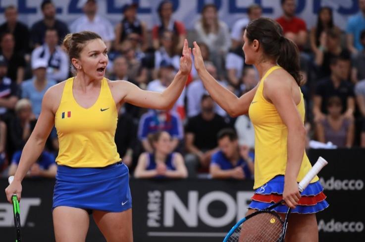 România ratează șansa de a ajunge în finala FedCup. Halep și Niculescu au piedut meciul decisiv în fața Franței
