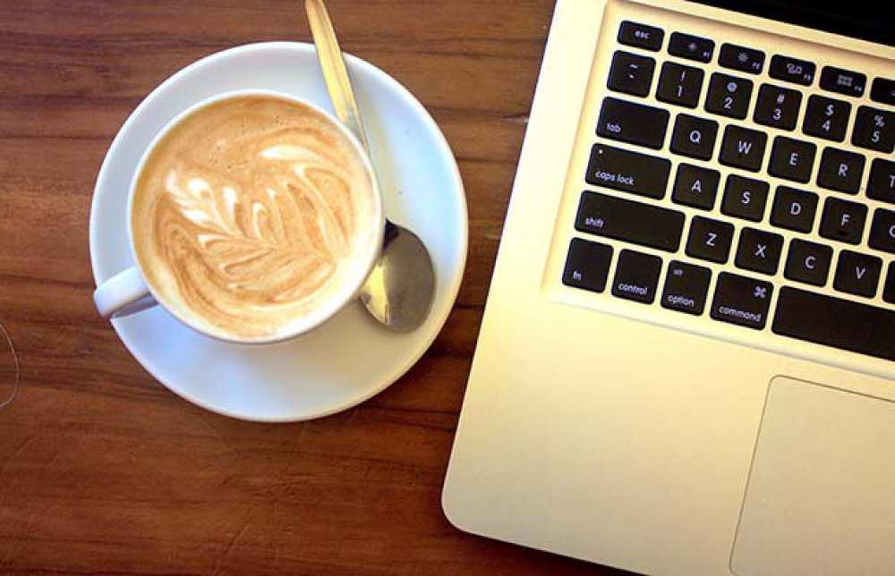 Specialiștii avertizează! Ce poate conține cafeaua pe care o bei la birou. De acum încolo te vei gândi de două ori înainte să o consumi