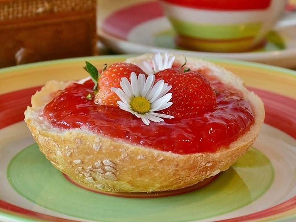 Dulceață de căpșuni pentru copii. Cea mai bună dulceață fără zahăr
