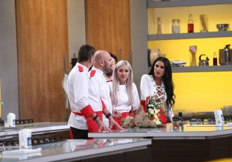 Chef Cătălin Scărlătescu, surpriză pentru Ana Crudu în finala sezonului special Chefi la cuțite