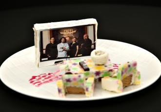"""Primul desert personalizat, pe masa juraților """"Chefi la cuțite""""! Cine îl va prezenta"""