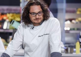 Chef Florin Dumitrescu, schimbare radicală de look în 2020! Cum arată acum juratul emisiunii Chefi la cuțite