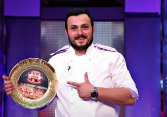"""Ce va face Alexandru Comerzancu marele premiu al sezonului 7 """"Chefi la cuțite"""". """"Sunt nerăbdător"""""""
