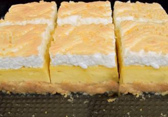 Prăjitura Stropi de rouă. O nebunie de gusturi și arome și un adevărat spectacol în farfurie!