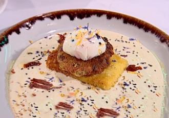 Rețetă deosebită de Supă cremă de usturoi cu chiftele de cartofi și tofu crocant - Rețeta lu Chef Munti